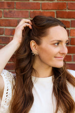 Load image into Gallery viewer, Molly Pearl Earrings