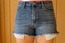 Load image into Gallery viewer, Peek-a-Boo Pocket Denim Short - Simply L Boutique