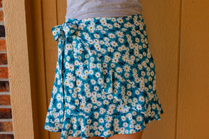 Field of Daisies Skirt - Simply L Boutique