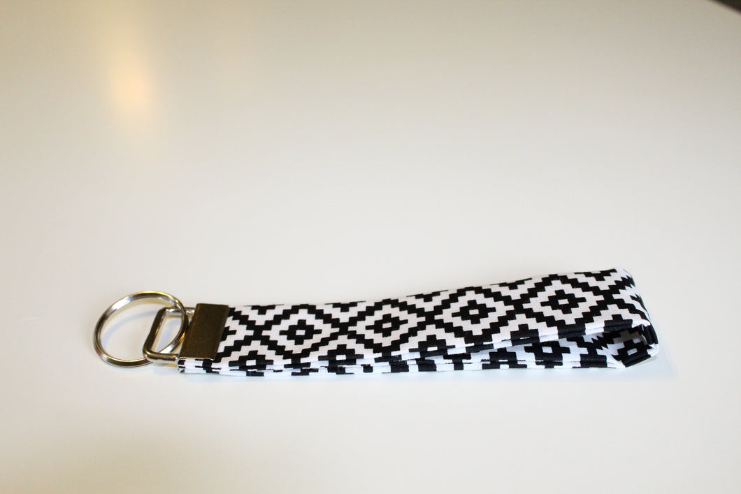 Black & White Pixel Key Wristlet - Simply L Boutique