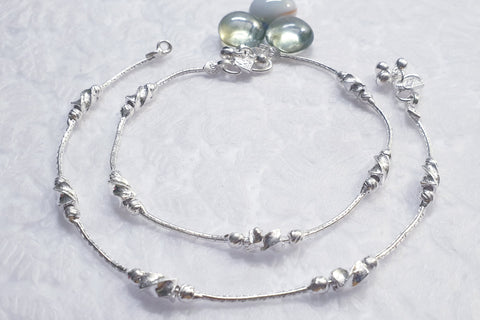 Silver Anklet with ziggy beads