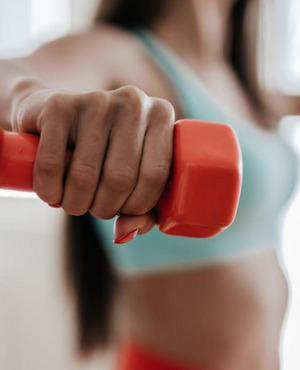 Cardio or Weights: What's Better For Weight Loss?