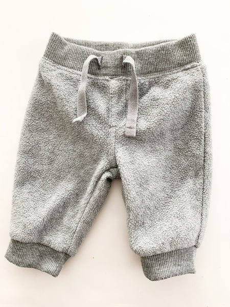 Old navy grey fleece joggers (0-3 months)
