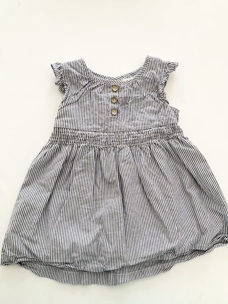 Carters striped dress with 3 buttons (18 months)