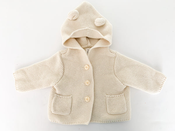 Gap ivory knit sweater with hood (0-3 months)