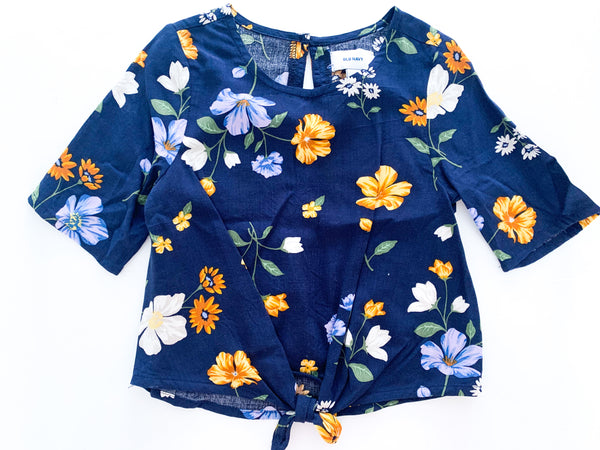 Old navy blue floral tie knit shirt (size 3)