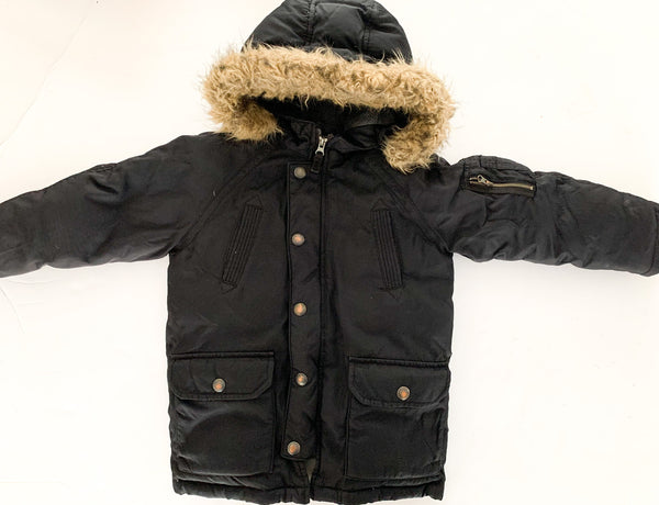 Baby Gap black thinsulate/down filled parka size 5Y
