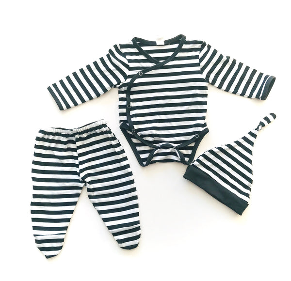 Earth Baby Outfitters black + white Onesie and Bottoms