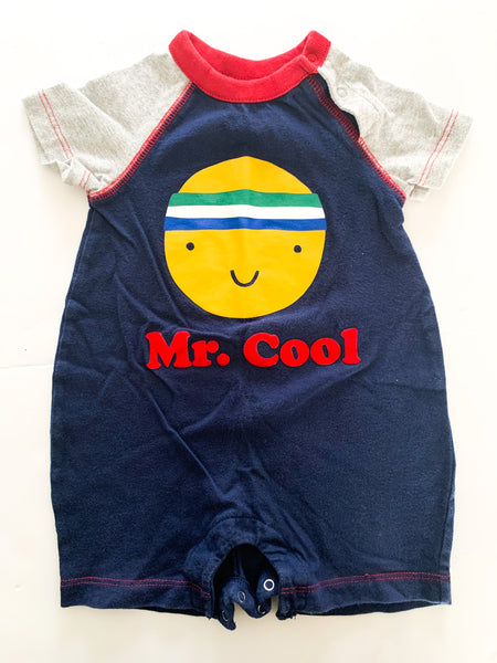 Gap mr.cool  romper   (6-12 months)