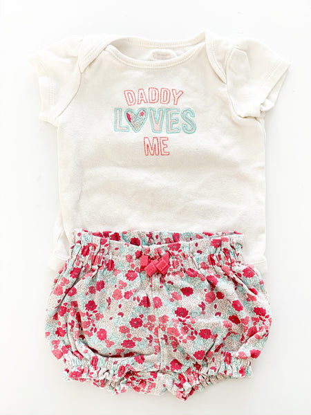 Baby Gap 2pc Daddy Loves Me onesie & floral bloomer shorts size 3-6 months
