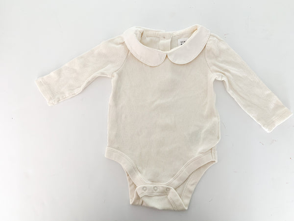 Baby Gap cream ribbed long sleeve bodysuit with peter pan collar size: 3-6 months
