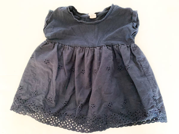 Baby Gap navy short sleeve peplum shirt with eyelet detail size 3Y