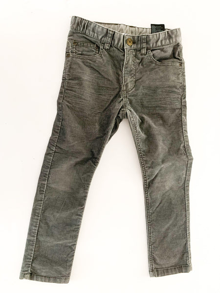 H&M grey thin cord pants size: 5-6Y
