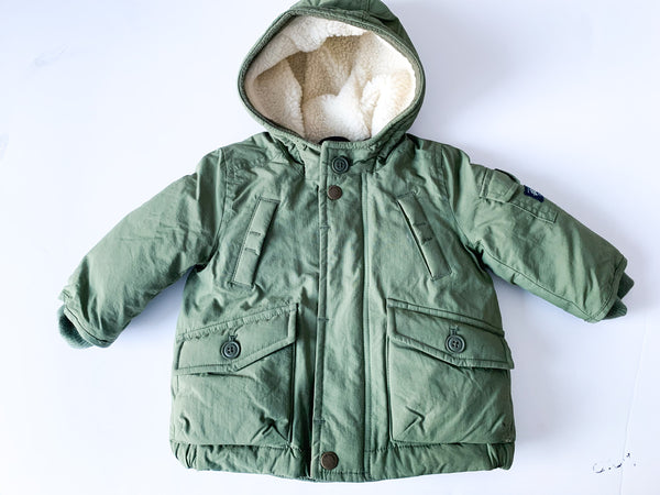 Baby Gap army green winter parks with Sherpa lined hood size 12-18 months