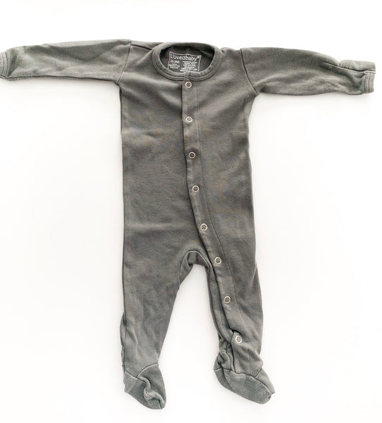 L'oved Baby grey onesie with snaps