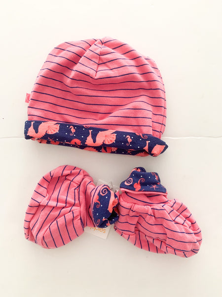 Noppies 2pc pink hat & matching booties with stripes & seahorses (new with tag) size 6-12 months