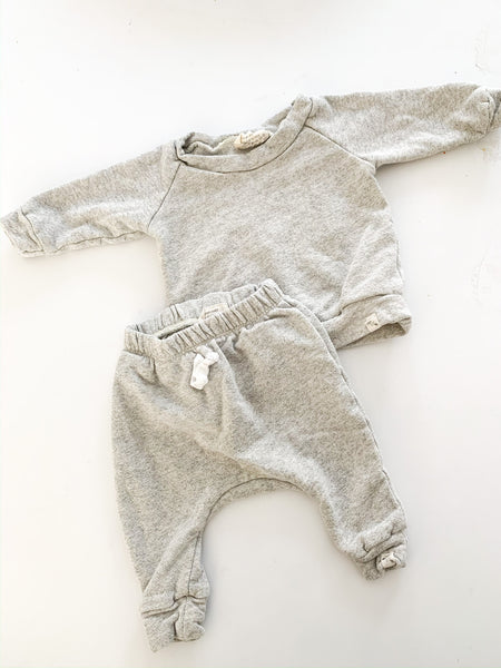 Bear and Roo grey 2pc lounge set size 3-6 months