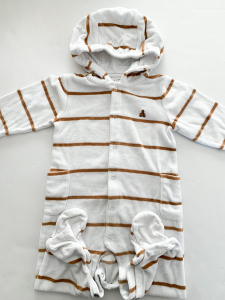 Gap velour stripe sleeper w/hood (6-12 months)