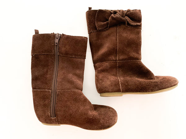 Gap brown suede boots (size 7)