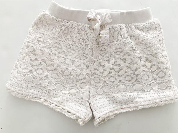 Lace white shorts  (12 months)