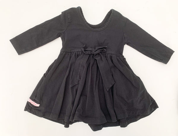Ruffle butts black pleated dress w/bow ( size 2)