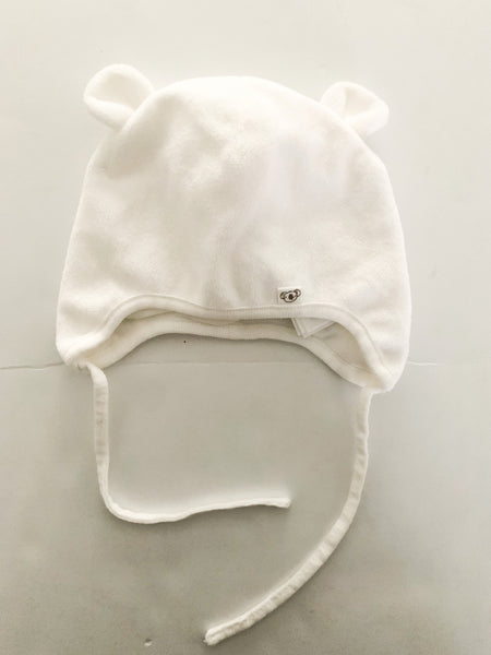 HM soft white bear hat (4-6 months)