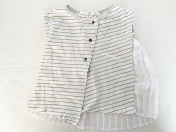 Kardashian Kids grey stripe cap sleeve shirt with crepe pleat details in back size 3Y