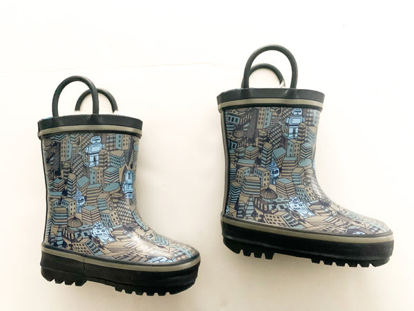 Fleece lined robot blue rain boots (size 5)