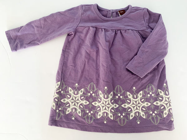 Tea light purple dress w/snowflake trim (12/18 months)