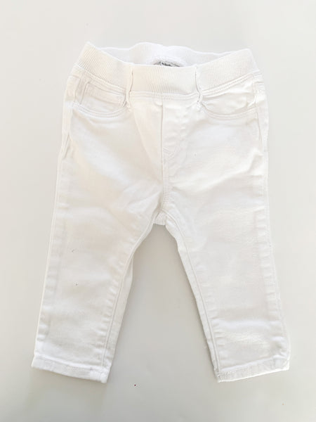 Gap white denim jeans (6-12 months)