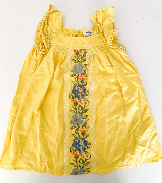 Old navy yellow linen embroidery dress (size 5)