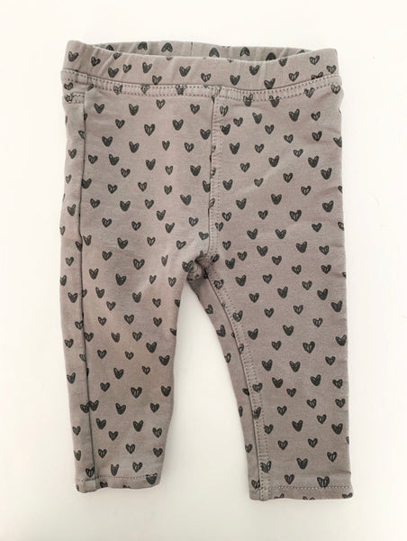 H&M grey leggings with hearts size: 4-6 months