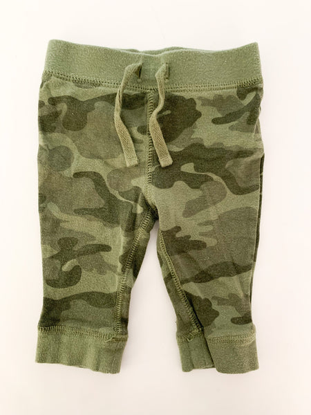 Old Navy camo leggings size 3-6 months