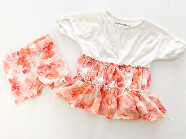 Burt's Bees Baby pink & coral water colour print 2pc ruffle shirt & biker shorts size 0-3 months