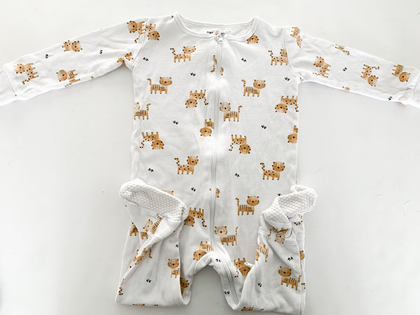 Petit Lem white lions zip up sleeper pj size 18 months