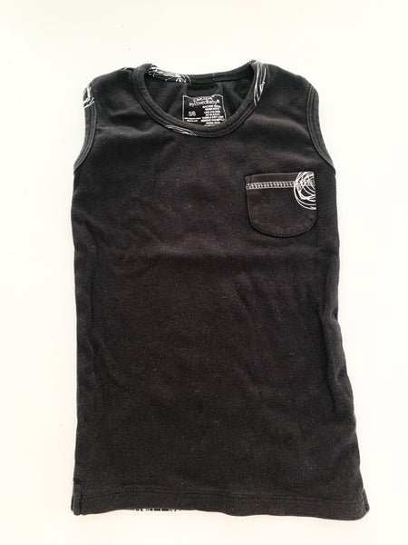 L'oved baby black tank with white doodle ( size 5/6)