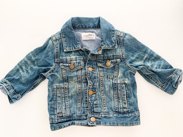 Gap denim jacket (6-12 months)