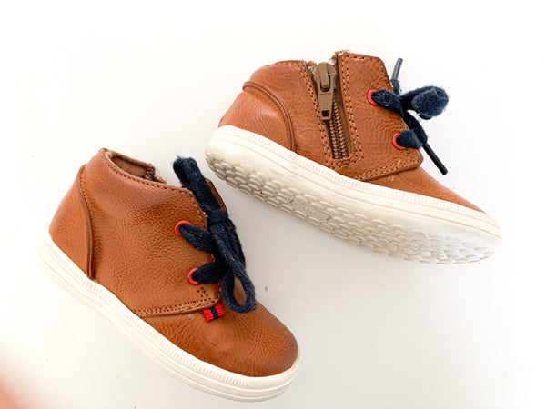Next tan shoes with navy laces ( size 5)