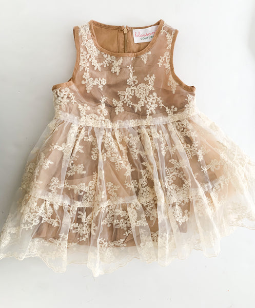 Blossom couture tan dress with floral overlay (size 7/8)