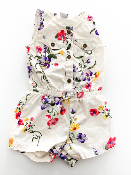 Old Navy floral shorts one piece (6 -12 months )