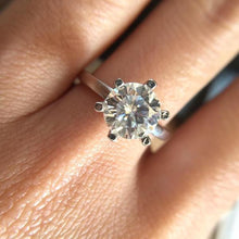 Load image into Gallery viewer, 14k White-Gold Moissanite Ring of Gratitude™ - Meyala