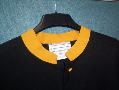 N1 Contrasting Standing Collar