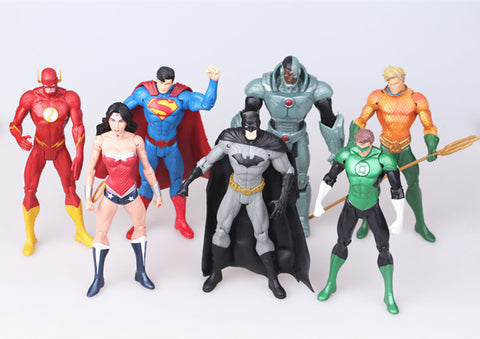 Superhero Toys 7pcs/set Superman Batman Wonder Woman The Flash Green Lantern Aquaman Cyborg Figures