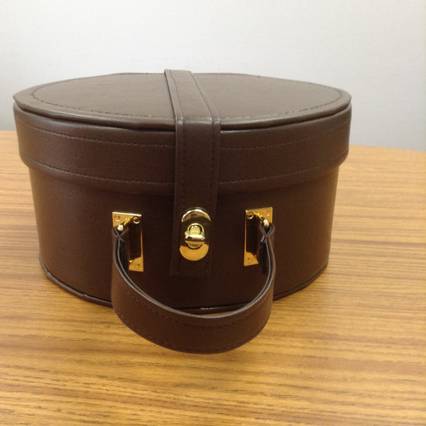Cap Case Brown