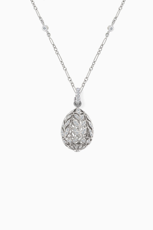 Leaf Emotion  Pendant in White Gold
