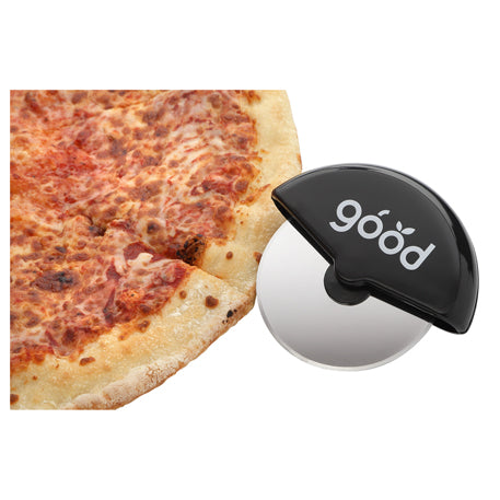 handheld-pizza-cutter-with-stainless-steel-blade