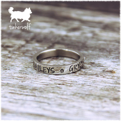 Name and paw prints stainless steel flat ring