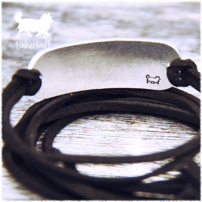 My dogs look at me and my heart smiles rounded bar wrap bracelet