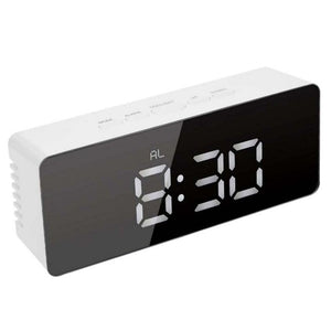 Digital Clocks USB Digital LED Alarm 1