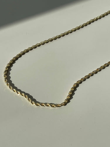 Charisse Twisted Classic Chain Necklace In Plated Gold